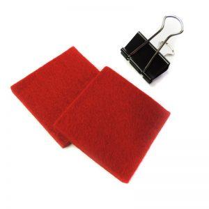 Halteklammer und Reinigungsfilz rot